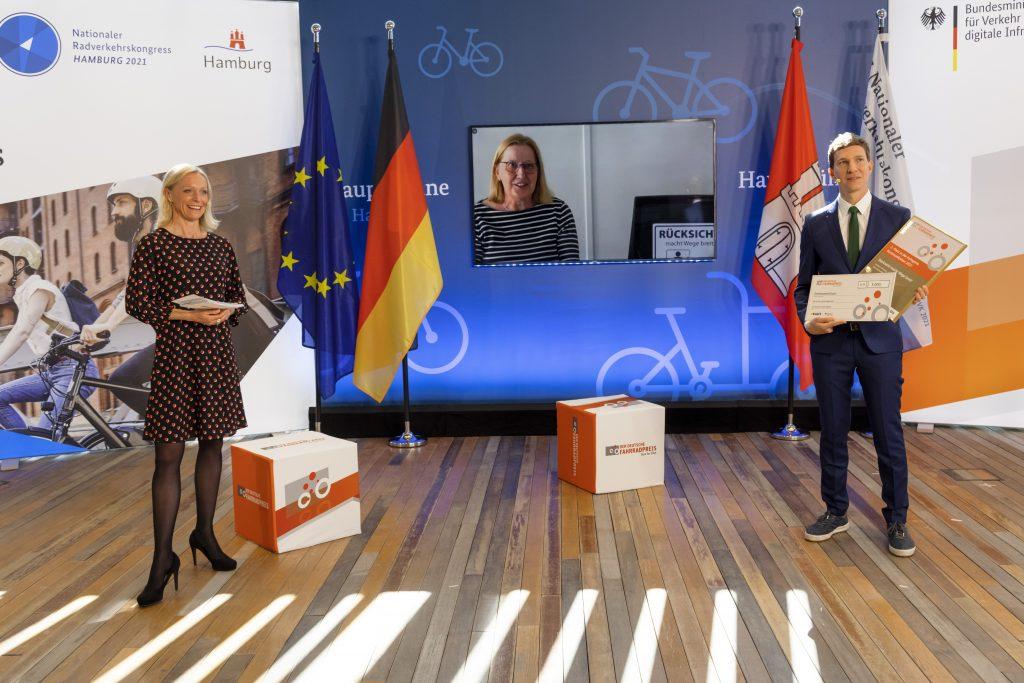 Der Landkreis und das Lamdvolk Göttingen freuen sich über den 2. Platz mit dem Projekt Rücksicht macht Wege breit.